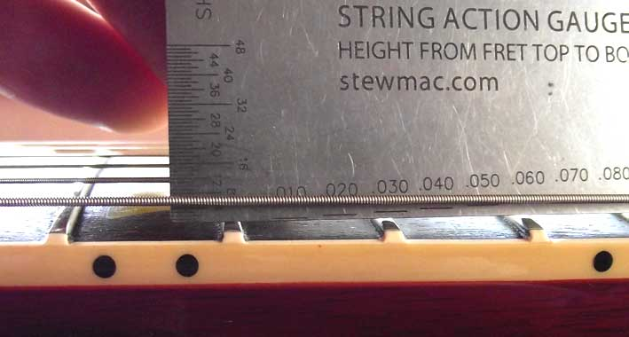Measuring the string height of a Gibson Les Paul