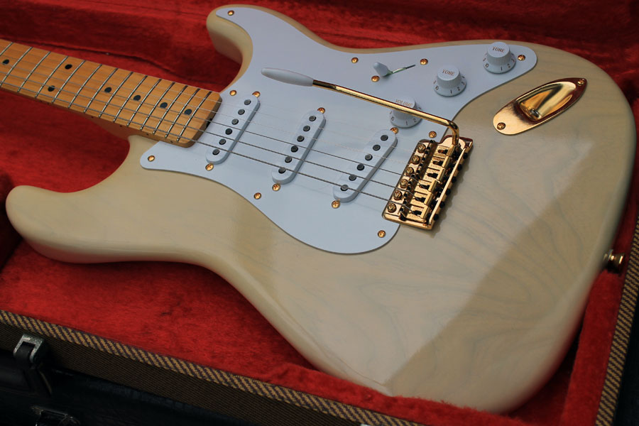Mary Kaye tribute Stratocaster completed